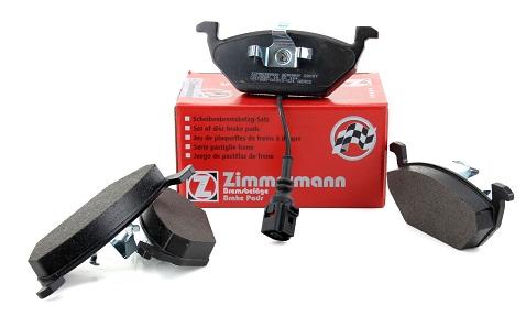 Zu sehen sind Zimmermann Bremsbeläge mit Warnkontaktkabel aus dem Zimmermann Bremsen Sortiment