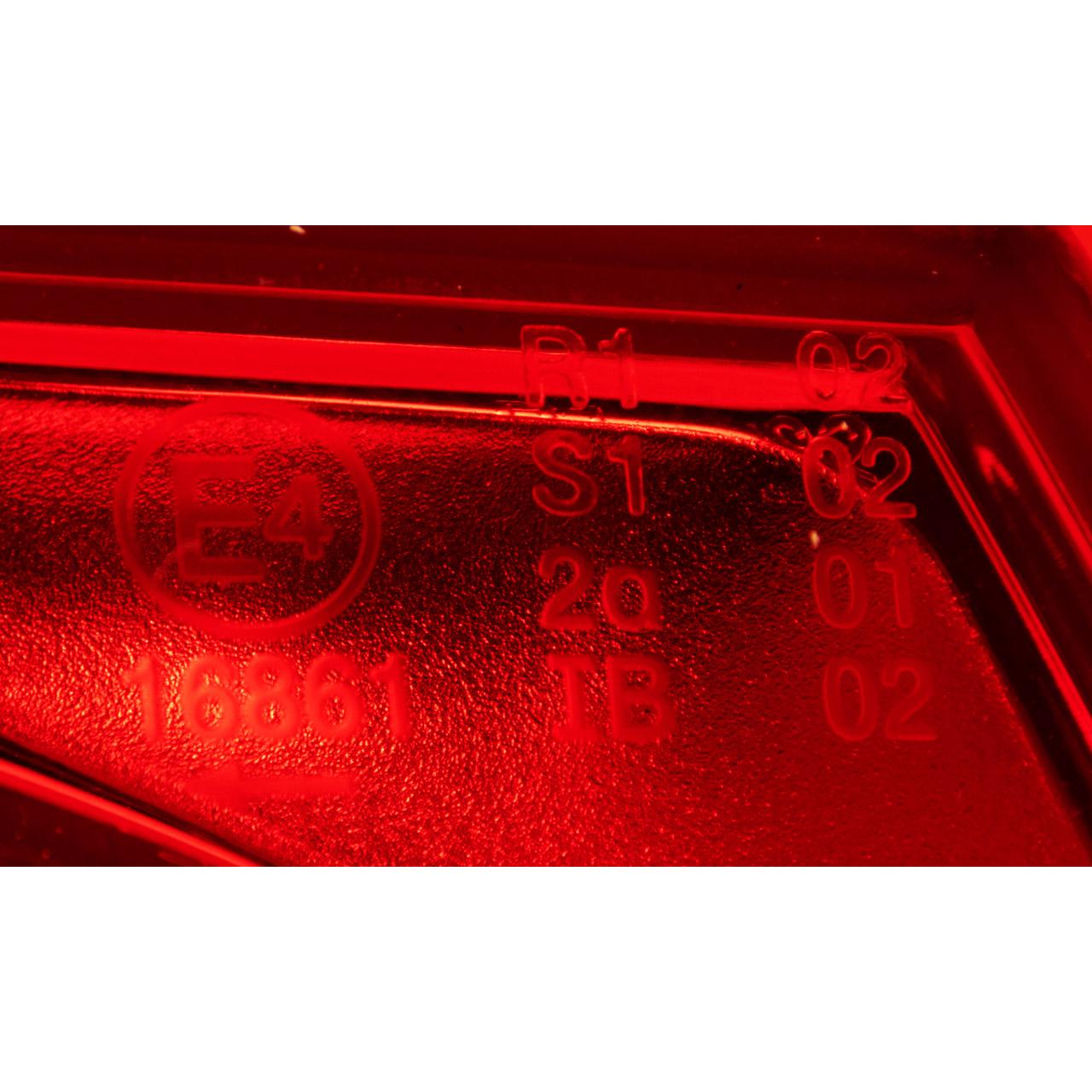 TYC Heckleuchte Rücklicht LED VW Passat Variant 3C5 aussen links 3C9945095N